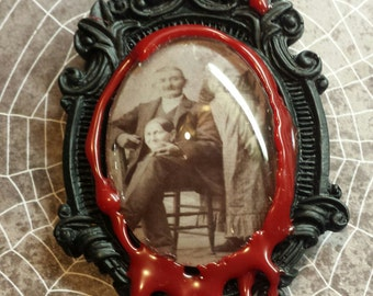 """Victorian """"Headless Photography"""" Bloody Brooch/Pin"""