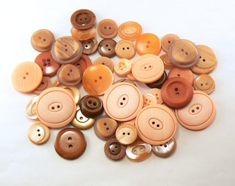 50 Plastic Orange Flat Button Mix - Mixed Orange Sewing Buttons -Vintage  Button Lot - Orange Craft Buttons - Orange Button Mix