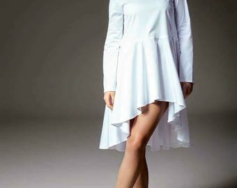 White cotton tunique dress. Long tunique top. Minimal clothing by Kuppers. 2018 design. Shirt dress. Handcrafted shirt dress. Designers.