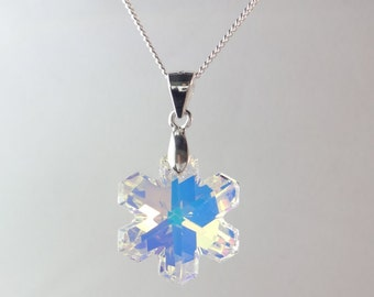 Sterling Silve Snowflake Crystal Necklace Made With Swarovski Elements