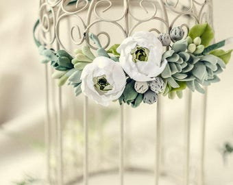 Bridal headband Greenery crown Succulent hair piece  Bohemian headpiece succulents jewelry Flower crown Wedding White and green