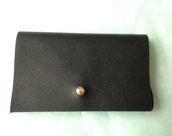 Card holder black leather, gold clasp