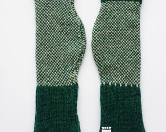 Forest Green and Pink Lambswool Fingerless Gloves