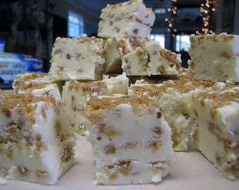 Vanilla Toffee Fudge, Homemade Fudge, Vanilla Fudge, Toffee Fudge, Homemade Candy, Candy, Fudge