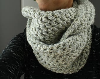 The CROSSOVER Infinity Cowl in Gray Heather