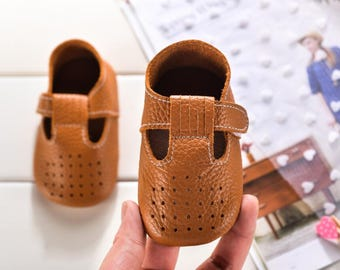 baby boy shoes,baby first shoes,baby deer shoes,baby shoes leather,baby water shoes,first baby shoes,baby designer shoes,baby shoes for boys