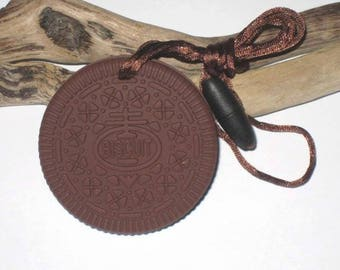 Biscuit chocolate/brown silicone teething ring