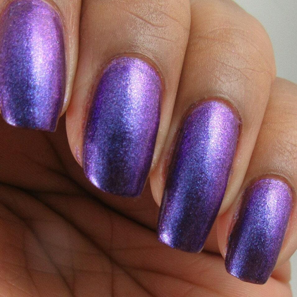 Liquidación - Electric Rain - púrpura metálico, brillo de uñas ...