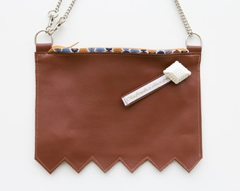 Crossbody bag smooth camel leather - small shoulder bag - handbag - camel leather bag - made in France - Clafoutisdesign