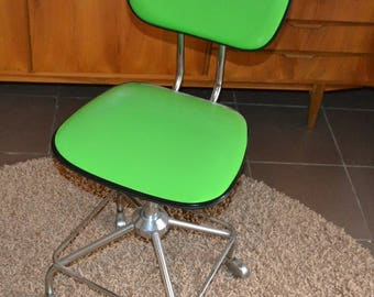Vintage office chair 70s green Space Age design