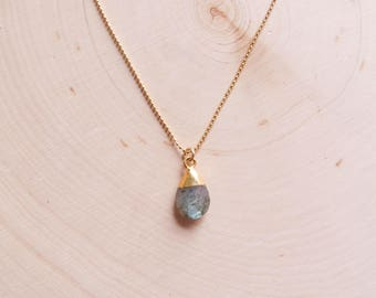 Labradorite Necklace | Labradorite Pendant | Gemstone Necklace | Labradorite Jewelry | Layering Necklace | Boho Jewelry | Gifts for her