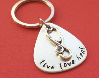 Live Love Heal Hand Stamped Keychain with stethoscope charm, nurse keychain, doctor keychain, hospital gift, stethoscope keychain, christmas
