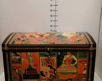 small trunk/ Vintage Hollywood