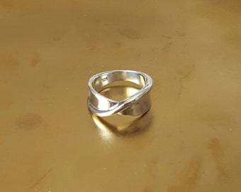 Sterling Silver Twist Ring, Birthday Gift, Mother's Gift