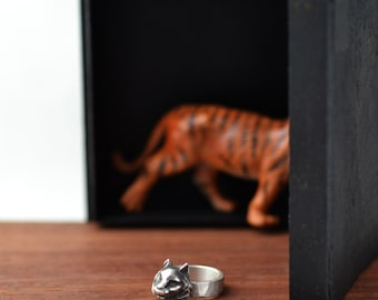Silver Ring Tiger Animal Jewelry Sterling Silver Cat Tiger Ring Hammered Casted Ring