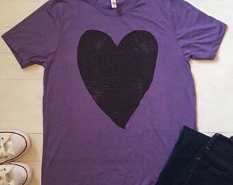 Valentines Day Shirt Women. Valentines Day Shirt. XOXO Shirt. Heart Tee. Heart Shirt. Graphic Tee. Love Shirt. Love Clothing. Heart Tshirt.