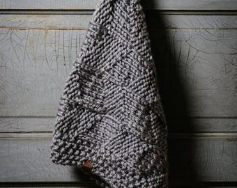 KNITTING PATTERN Trung Infinity Scarf