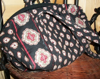VINTAGE VERA BRADLEY Quilted Handbag (Shipping is Included in Price) Super Value