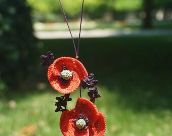 crochet poppy necklace, かぎ針編みポピーネックレス