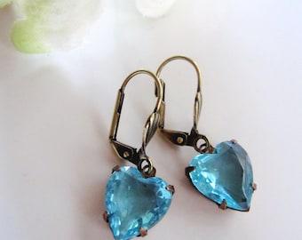 Teal glass Earrings, Heart Earrings, Estate Vintage Style, Bridesmaid Earrings, Blueartichokedesigns