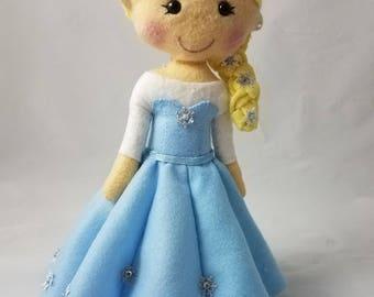 Disney's Frozen Inspired felt doll: Princess Elsa