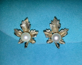 Gold and Pearl Maple Leaf Earrings - vintage