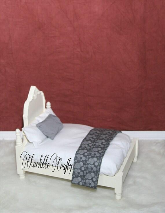 Sheet and Pillows Newborn Photography Bed Prop