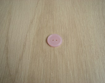 Pink mother of Pearl button with RIM