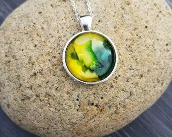 Fluid Art Pendant, Round Pendant, Necklace, Keychain, Alcohol ink pendant, Wearable Art, Hand painted pendant, Boho jewelry, Handmade charm