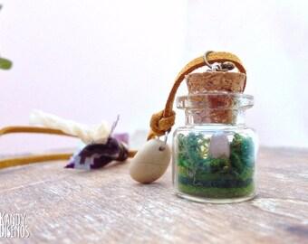 Crystal Terrarium necklace. Rose Quartz miniature terrarium pendant. Natural stone necklace. Nature vial necklace. Mineral Terrarium jewelry