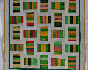 Green Quilt, Modern Quilt, Yellow Quilt, Lap Quilt, Lap Throw,  Picnic Blanket