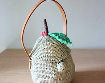 Raffia bag Crochet purse Basket bag Small tote bags Bucket bag Summer purses Pear bag Summer handbags Green handbags Fruit bag