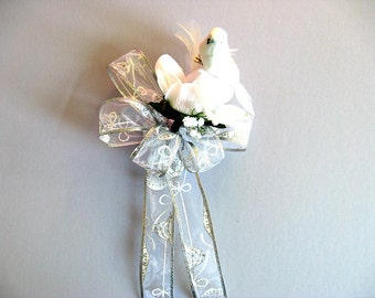 Bow for Christmas weddings, White wedding gift bow, Wedding gift for brides, Bridal shower bow, Bow for presents, Gift wrap accessory