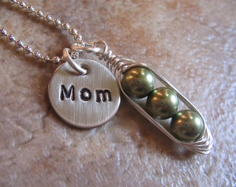 Personalized Mothers necklace - peas in a pod necklace - 1, 2, 3, 4, or 5 peas - Mothers Gift - Personalized Grandma necklace - Custom Peas