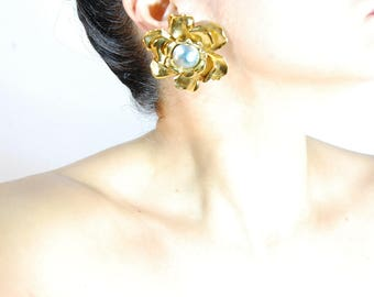 Auth Vintage YVES SAINT LAURENT Golden Silver Sculptured Gardenia Flower Clip Earrings