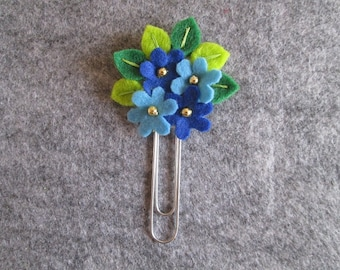 SALE!!! Flower paper clip; Blue flowers and SILVER beads; planner clip; planner accessories; Felt paper clip; bookmark;  Gift under 5