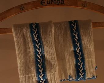 70s GDR gauntlets legwarmers white blue lacing knitwear knitted boho bavarian bavaria