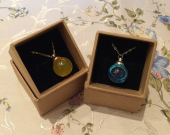 Watery color ball (orange/blue) in 15mm Glass ball necklace