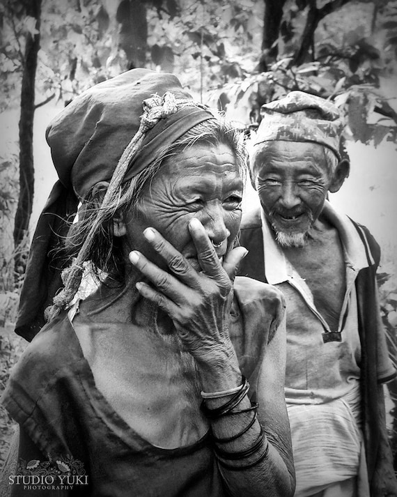 Travel photo couple nepal black and white valentines day