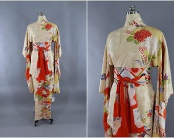 Vintage Silk Kimono Robe / Vintage Dressing Gown / Vintage Lingerie Robe Furisode / Loungewear / 1960s Gold Orange Floral Embroidery