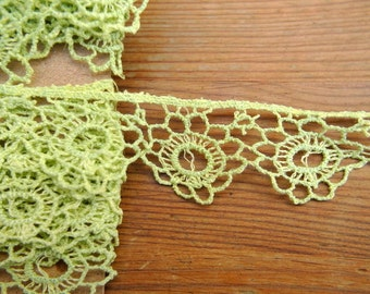 Trim lace, antique vintage rare lace with flowers ornament, hand painted, 1yard 1inch width