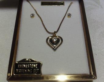 Vintage Rhinestone Gold Heart Shaped Pendant Necklace & Earrings
