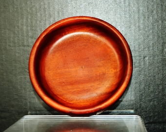 Vintage Hawaiian KOA wooden carved flat bowl or small tray w. bottom marked Cocolight, very rich pattern and fine grain