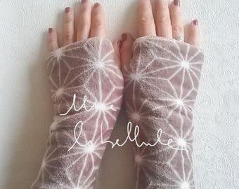 Gray fleece mittens