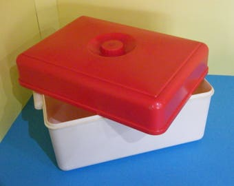 Vintage Retro Red and White 1950/60s Bread Bin