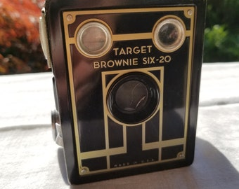 Vintage Target Brownie Six-20 Camera