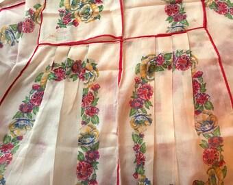 Vintage Apron, Half Apron, Kitchen Wear, Red and White Apron, Size Small