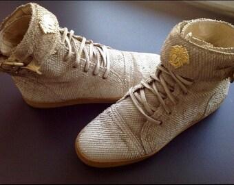 Sale • GIANNI VERSACE shoes medusa gold logo Rare vintage Gianni Versace python leather shoes with gold medusa details