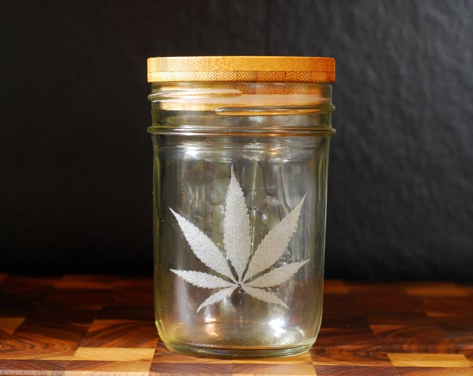 Stash Jar - Half Pint - Beautifully Engraved with Snap-on Bamboo Lid with Silicone Gasket