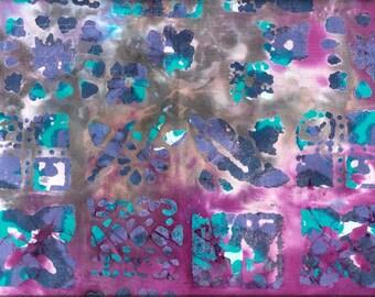 Tissu coton BATIK violine et turquoise imprimé de carrés de fossiles